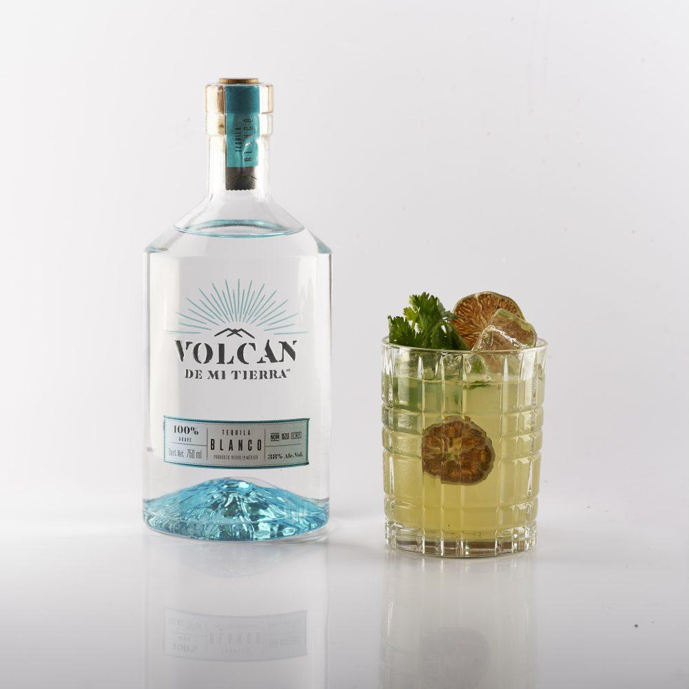 coctel salsa verde tequila volcán de mi tierra