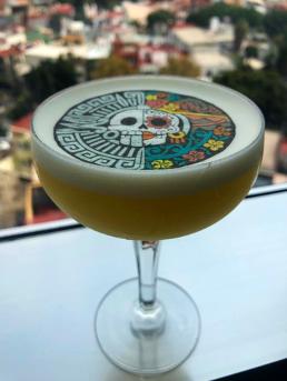 sour de muertos tequila volcanismos de mi tierra coctel